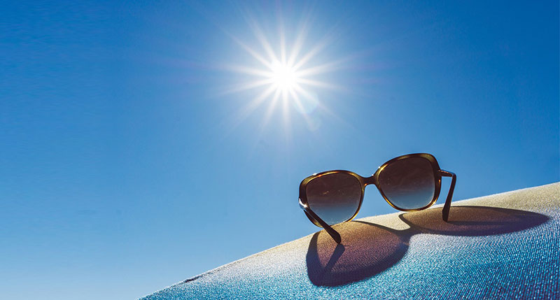 6 Benefits of Wearing Sunglasses Every Day